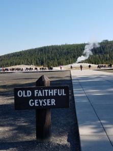 boardwalk to geyser